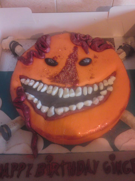 Smileybones Cake, Photo by Lee Sinclair